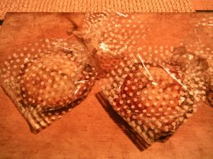 mince pies, gift-wrapped!