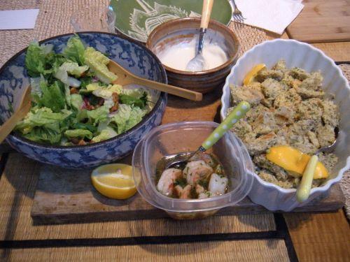 parmesan artichoke hearts and shrimp salad for supper!