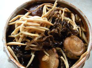 . . . soaking daylily buds, wood ear and shitake mushroom