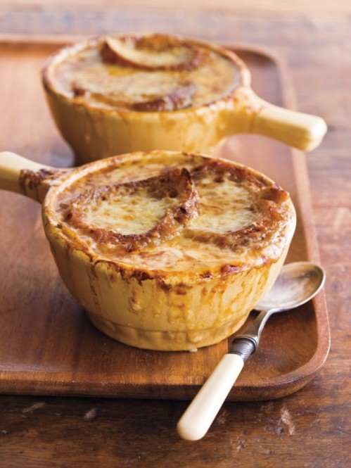 photo credit: http://blender.wpengine.netdna-cdn.com/wp-content/uploads/2012/11/French-Onion-Soup-12-12-08-019-544x724.jpg