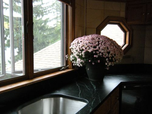 countertop with pink 2